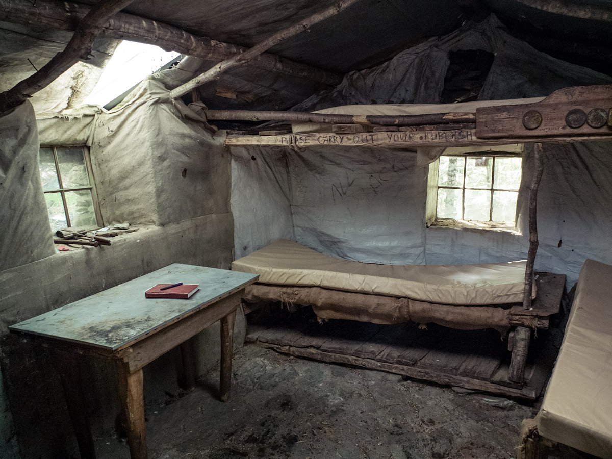 Sam Summers Hut (interior)